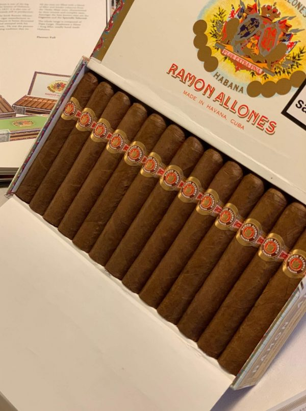 Ramon Allones Specially Selected 1